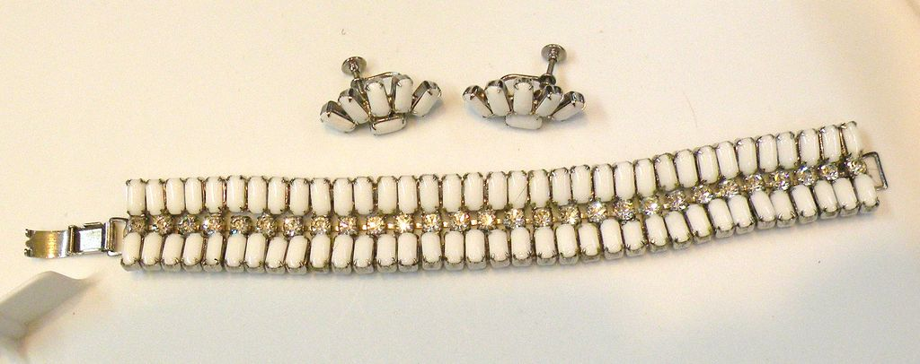Bodacious Milk Glass Baguette and Rhinestone Bracelet and Earrings Set