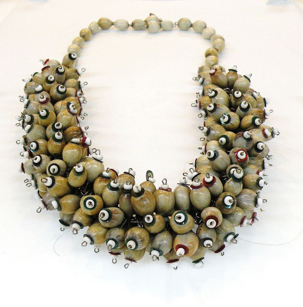 Bunches of Wood Beads Funky Forties Necklace
