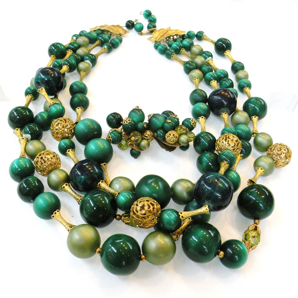 Four Strand Shade of Green Great Necklace and Earrings Set
