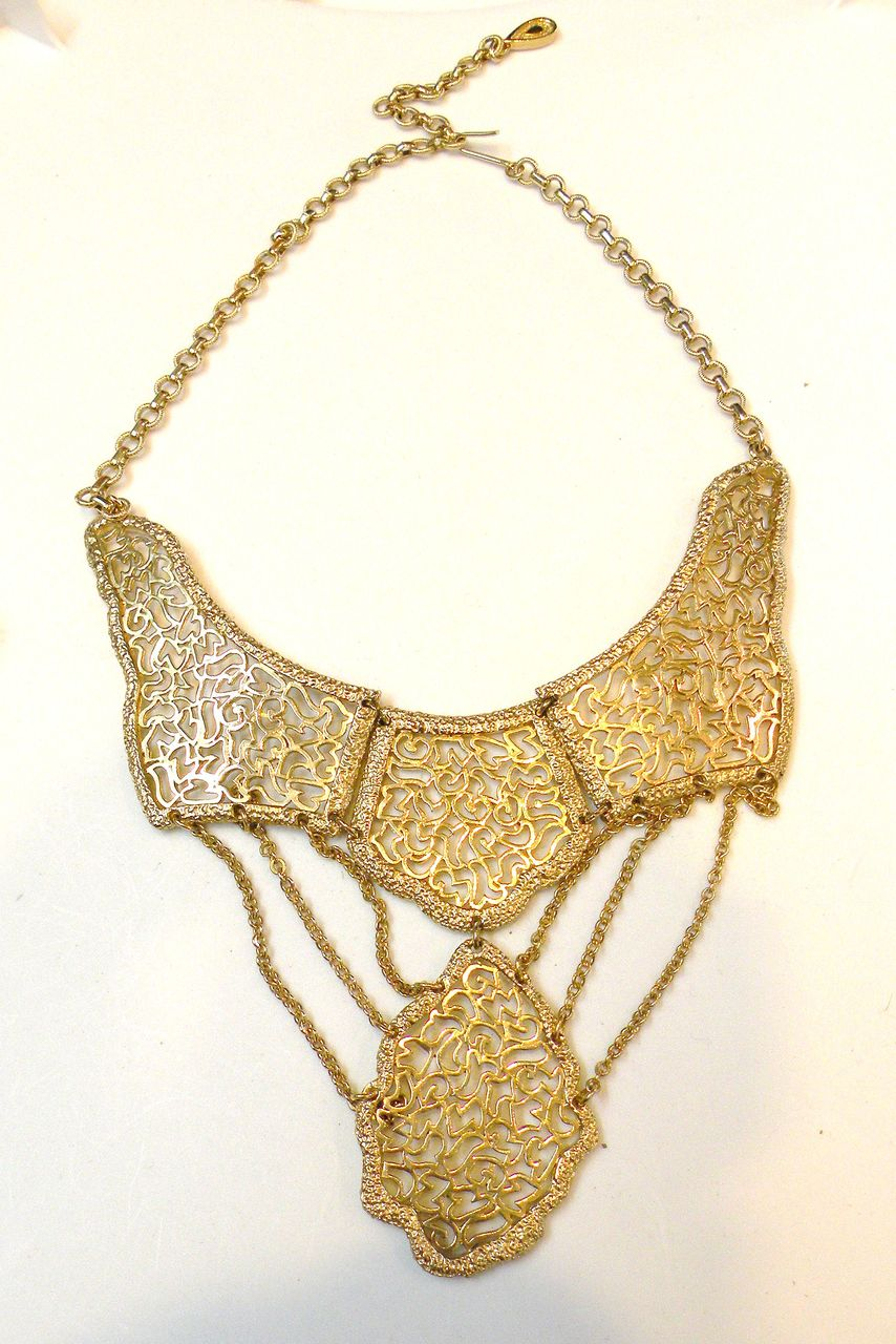 VENDOME Unsigned Lacy Festoon Bib Articulated Necklace