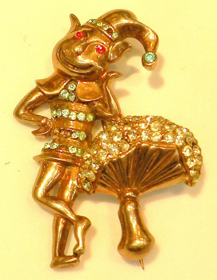 STERLING Smiling Leprechaun Leaning on a Mushroom Brooch with Rhinestones