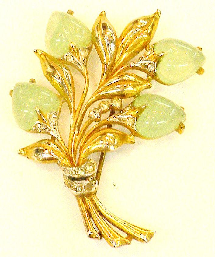 Light Green Heart Shaped Glass Floral Bouquet Brooch