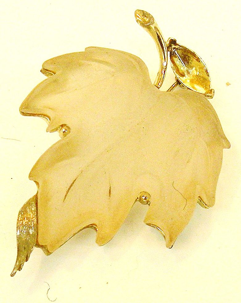 LISNER Molded Lucite Etched Leaf with Metal Edges