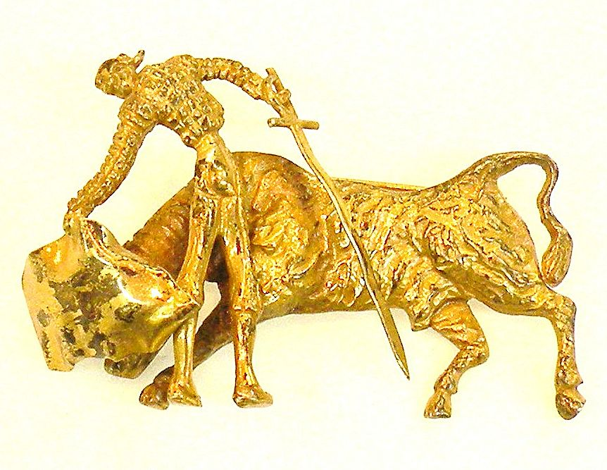 925 MEXICO Matador and Bull Figural Brooch with Gilt Wash