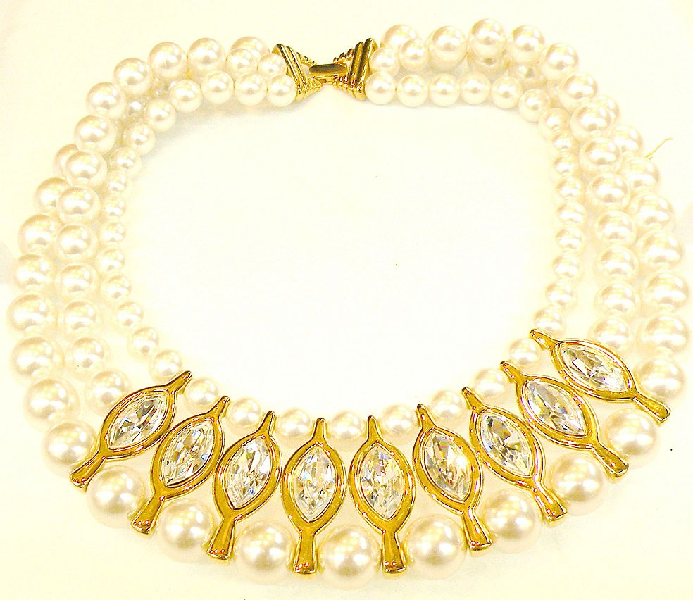 NAPIER Patent Pending Wide Imitation Pearl and Rhinestone Chine de Collar Necklace