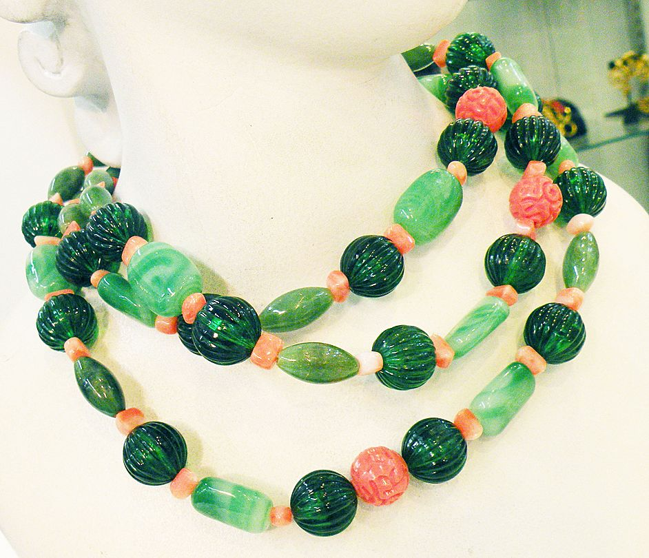 Shades of Green and Coral Color Mixed Beaded Plastic and Stone Long Sautoir Necklace