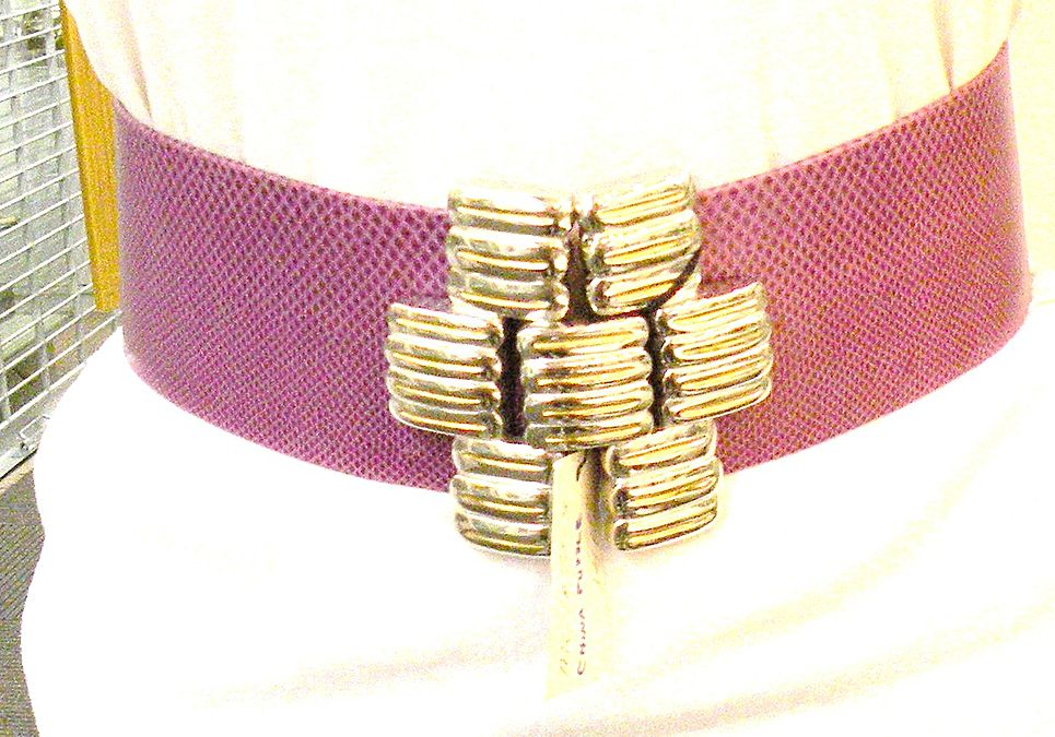 ALEXIS KIRK Architectural Modernist Belt Buckle Design with Patented Adjustable Sizing