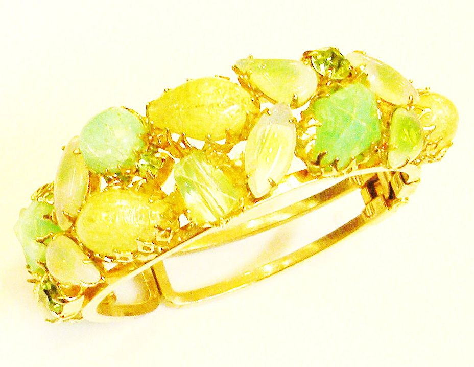 Shades of Green Dog Tooth and Prong Set Clamper Bracelet