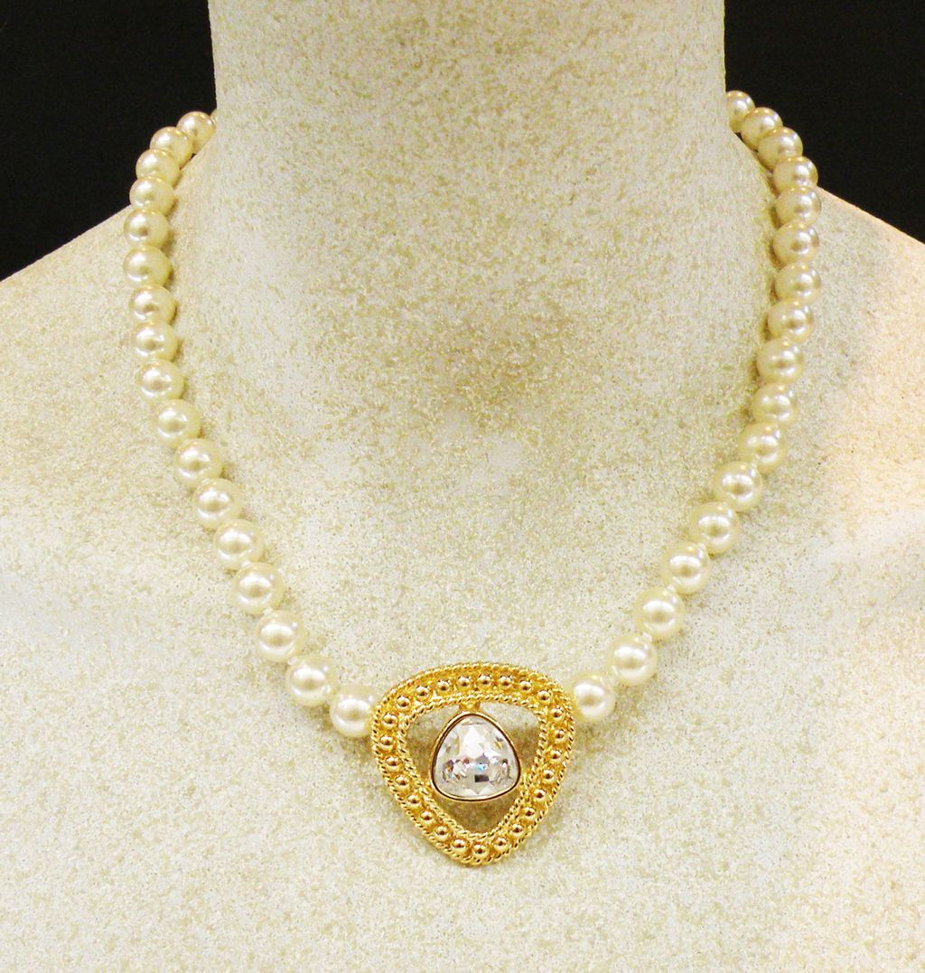 SWAROVSKI Hand Knotted Imitation Pearl Necklace with Crystal Drop