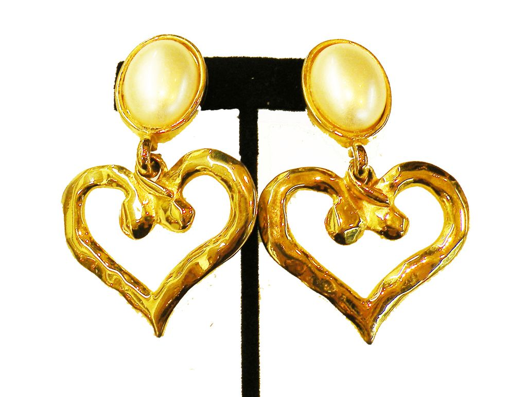Fabulous Dangling Drop Modernist Heart Earrings with Faux Pearl Button