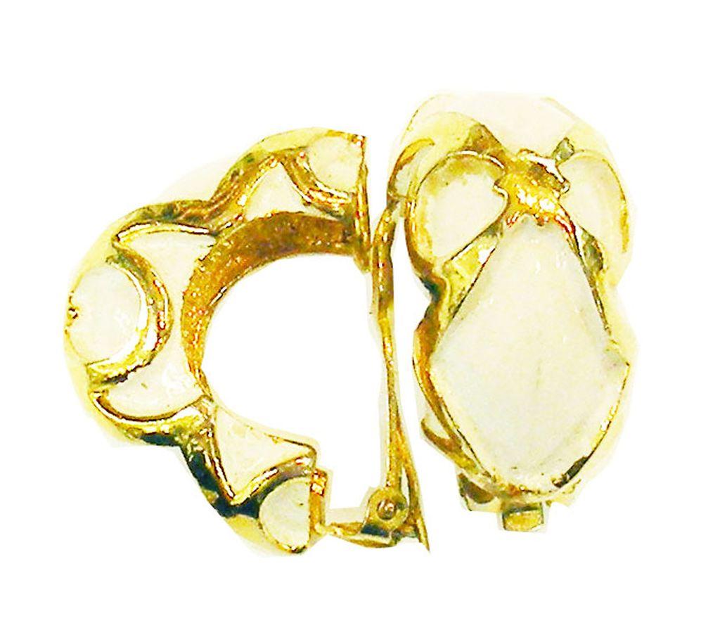 PAULINE RADER Cream and Gold Tone Metal Etruscan Hoop Huggie Earrings