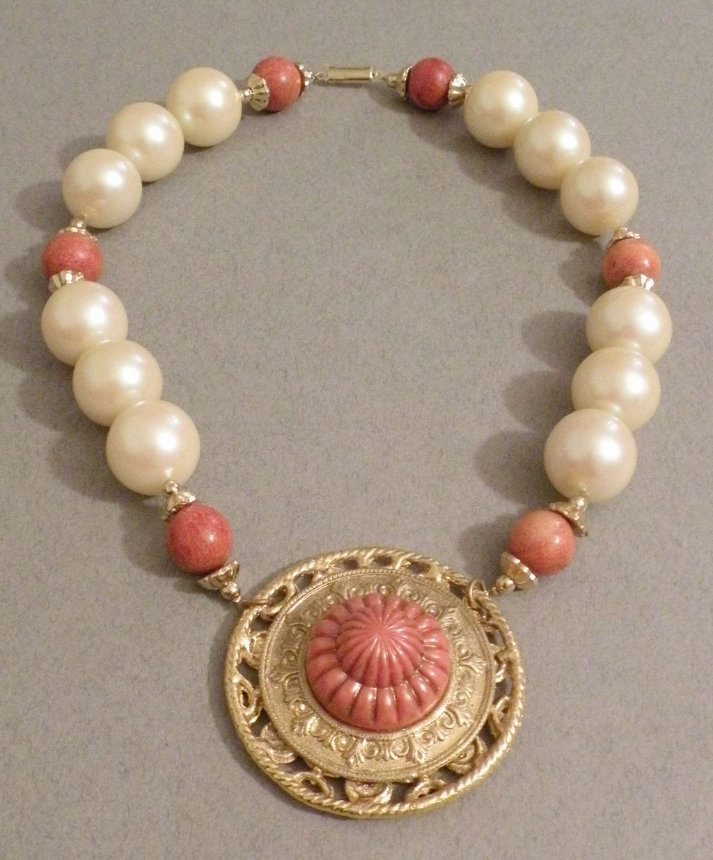 Carved Coral Color and Giant Imitation Pearl Pendant Necklace with Earrings