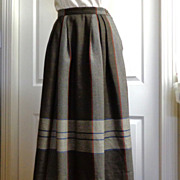 Aquascutum of London 100% Wool Skirt.  Classic Quality ++.  As New Condition.