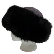 Bernardo Montreal Creation Black Fox Hat.  Super Luxurious.  Mint Condition.
