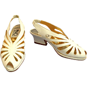 Made in Italy PINO White Leather Shoes.  Size 6.  Near Mint Condition.