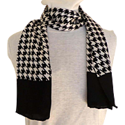 100% Silk Houndstooth Black and White Scarf.  Rectangular.  Quality.  As New Condition.