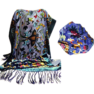 Silk Velvet and Chiffon Super Gorgeous Scarf / Shawl.  Brilliant Florals. As New Condition.