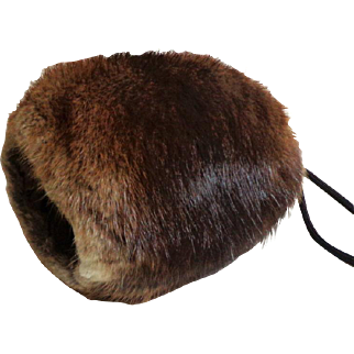 Mini Muskrat Genuine Fur Muff.  Adorable.  Fall / Winter Style Icon.  Quality.  As New Condition.