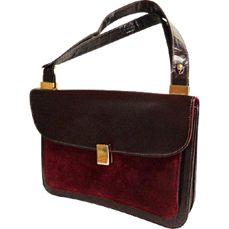SALVATORE FERRAGAMO Genuine Leather.  Lizard Embossed and Suede. Wine Color.  Mint Condition.
