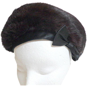 Genuine Fur.  Super Chic.  French Styled Beret.  Black.  As New Condition.