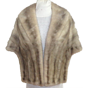 Top Quality. Top Styling.  Canadian Platinum Mink Stole.  Perfect Condition.
