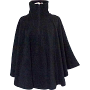 Poncho / Cape.  Black. Arctic Fleece.  Zippered Opening.  High Collar.  Mint Condition.