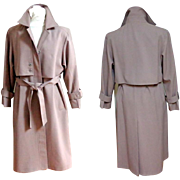 Trenchcoat / Trench Coat.   Beautifully Tailored.  Pale Lavender.  Mint Condition.