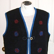 ESKIMO 100% Felted Wool Handcrafted Vest.  Genuine Horn buttons.  Immaculate condition.
