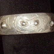 "Native silver cuff bracelet signed ""Raven Sun"" signed G.CHILTON authentic"