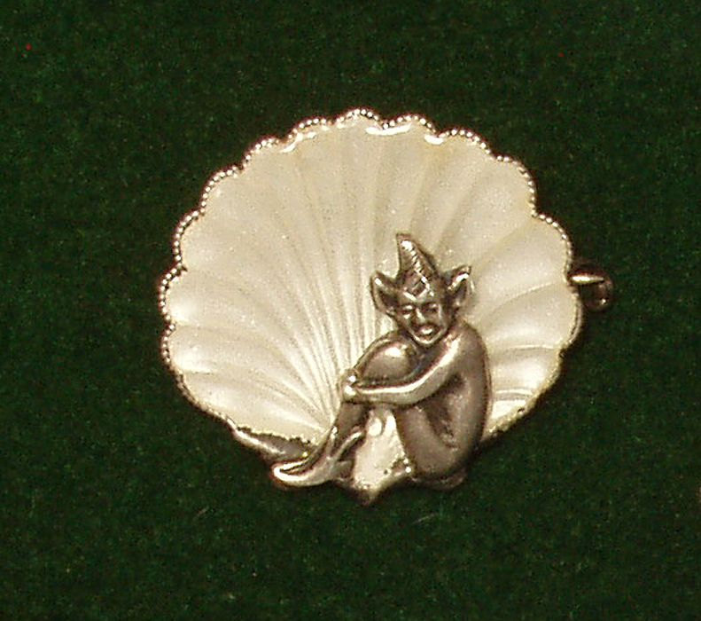 Sterling Silver Elf Half Shell Stamped England Free Shipping