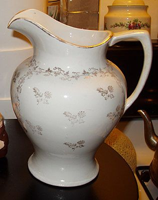 Ironstone Homer Laughlin Pitcher Table Ware FREE SHIP