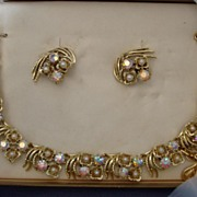 NIB Coro Demi-Parure Necklace Clip on Earrings Set