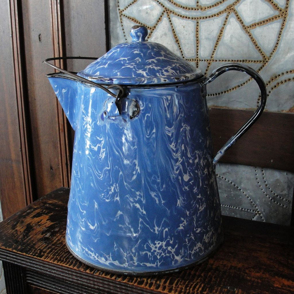Large Vintage Blue & White Swirl Graniteware Coffee Boiler or Pot