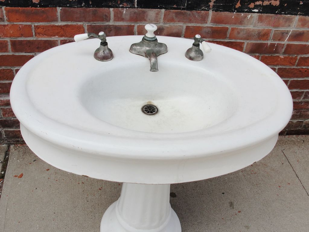 Antique Vintage Oval Pedestal Porcelain Bathroom Sink