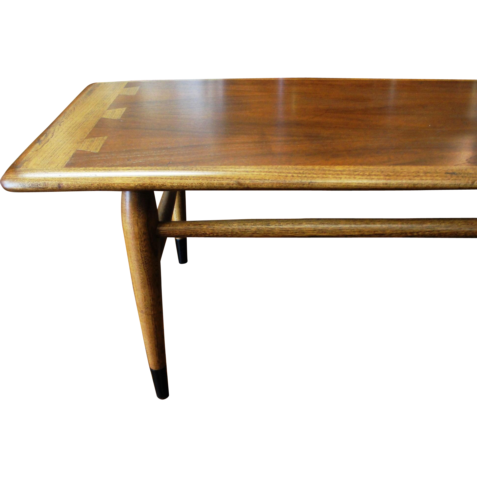 Lane Mid Century Modern Acclaim Dovetail Coffee Table from