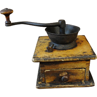 Primitive Table Top Kitchen Coffee Grinder