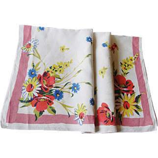 Vintage Linen Tablecloth with Bright Flowers 36 x 34 Inches