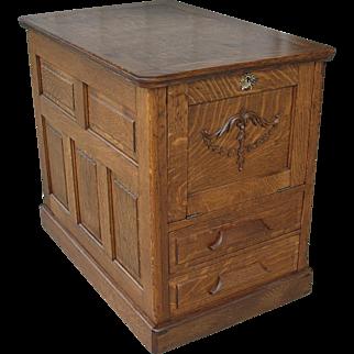 Quarter Sawn Oak Desk End Table with Storage