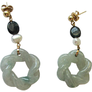 Pretty Light Jade Round Twisted Earrings with Natural Pearl & 14K Gold