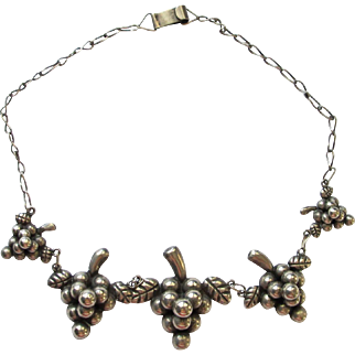 Vintage Silver Grape Motif Necklace - Mexico