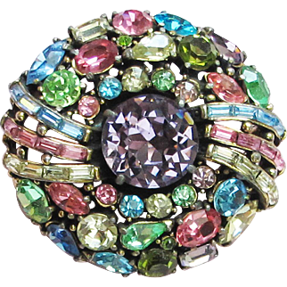 Lovely c. 1955 HOLLYCRAFT Multi-Color Round Pin