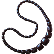 Vintage Cherry Amber Bakelite Barrel Shaped Bead Necklace