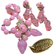 Rare Vintage MIRIAM HASKELL Pink Pressed Pâte de Verre 'n Glass Pearl Bracelet w/ Earrings