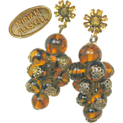 Awesome MIRIAM HASKELL Hand Blown Swirling Tortoise Glass Pendant EARRINGS