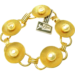 Vintage CORO Link Bracelet Orig.Tag w/ Baroque Glass Pearls c.1940's