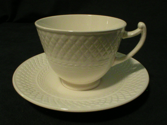 "Copeland Spode ""Mansard"" Pattern Cups & Sauces - Set of 7"