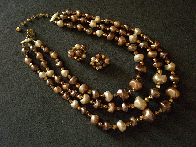 Coro Vendome Faux Baroque Pearl & Aspirin Rhinestone Necklace & Earring Demi-Parure