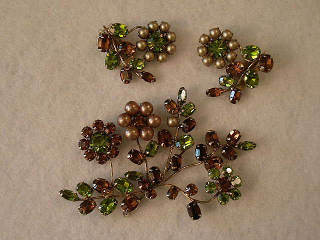 Schreiner Faux Pearl & Colored Rhinestone Brooch & Clip Earrings Demi-Parure
