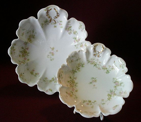 "Set of 2 Haviland & Co. Limoges ""Green & Pink Floral"" Relish/Candy/Bon-Bon Dishes - Schleiger #74A"