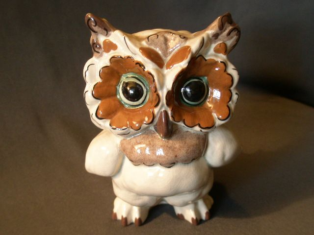 "Kay Finch Ceramics ""Ma Ma Tootie"" Owl Figurine"